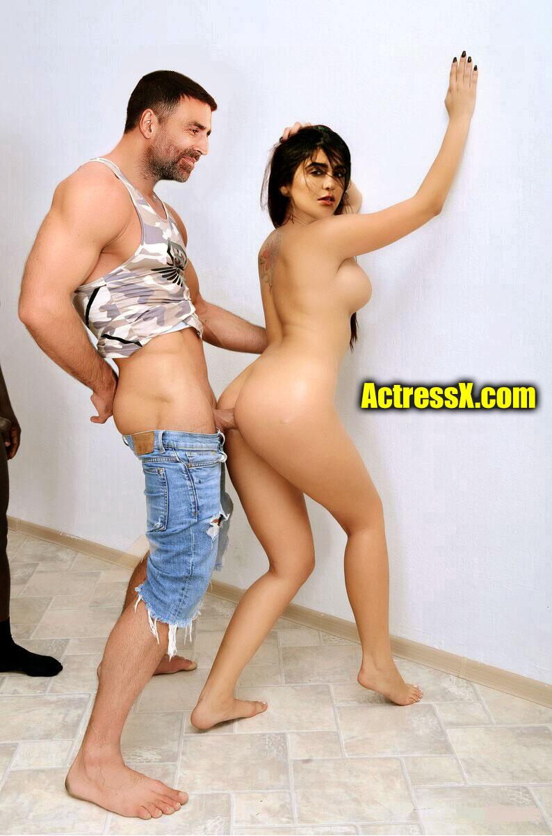 Akshay Kumar fucking sexy Adah Sharma naked round ass standing sex