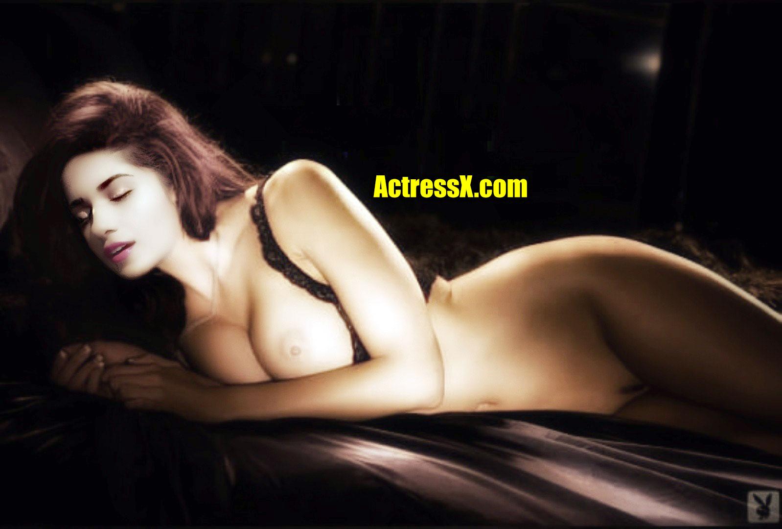 Ruhani Sharma nude nipple naked body pose without dress