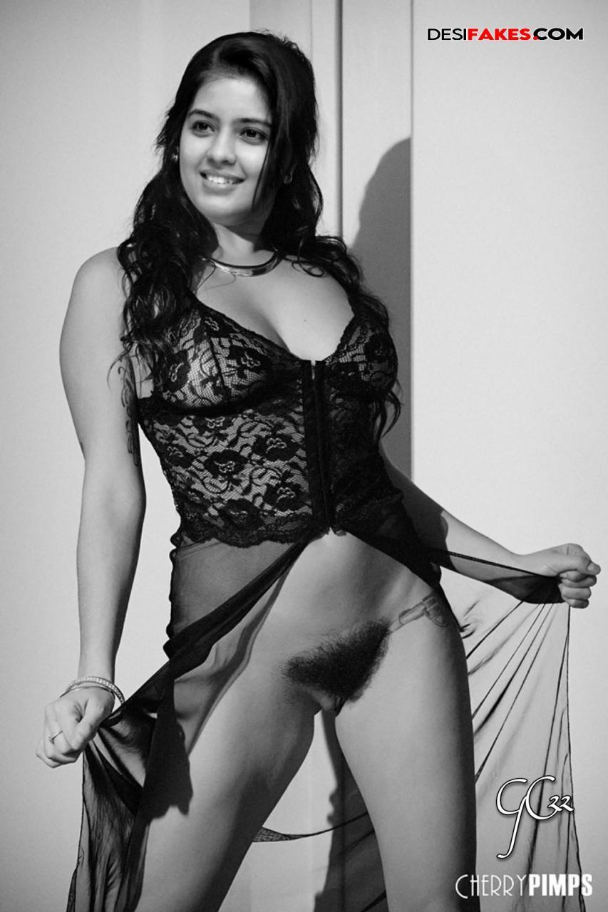 Amritha Aiyer Actress Nude Photo