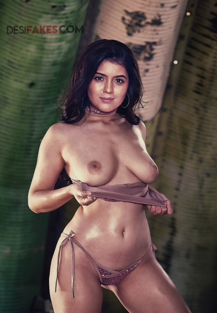 Amritha Aiyer Heroine Ass Shows Pic