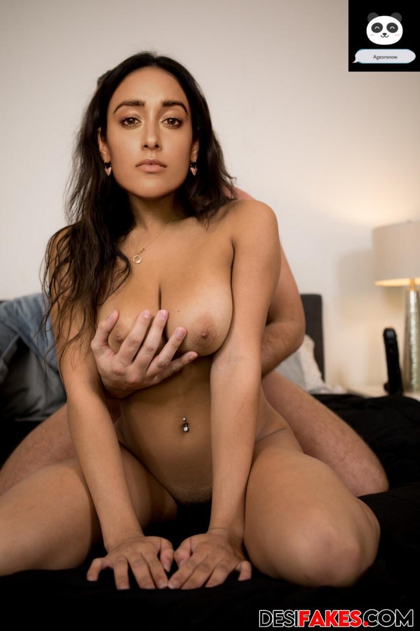 ileana Naked Ass Pic