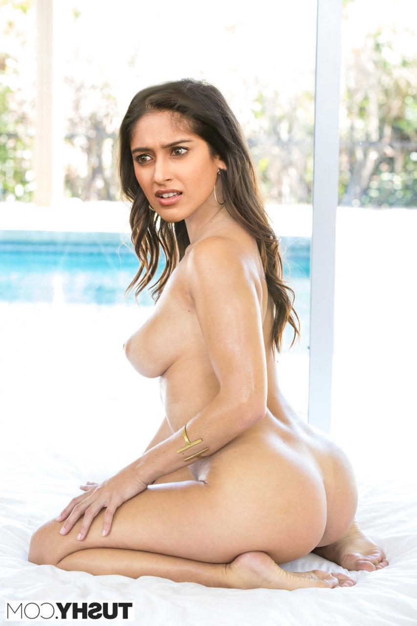 ileana Pussy Photos Naked Lesbian Xxx