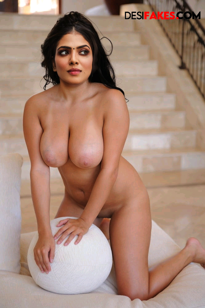 Malavika Mohanan Actresses Ass Photos Gallery