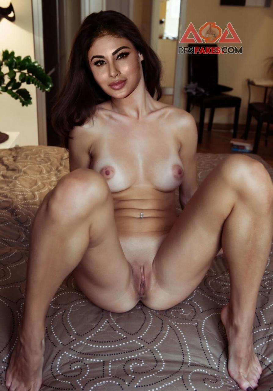 Mouni roy Hot Actress Butt Pic