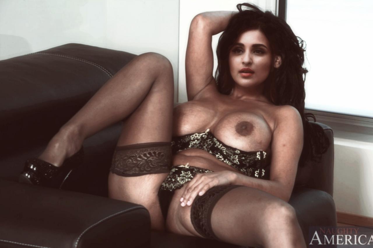Parineeti Chopra Girls Ass Pic