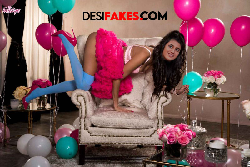Priya prakash varrier All Actress Hot Ass Hd Pic