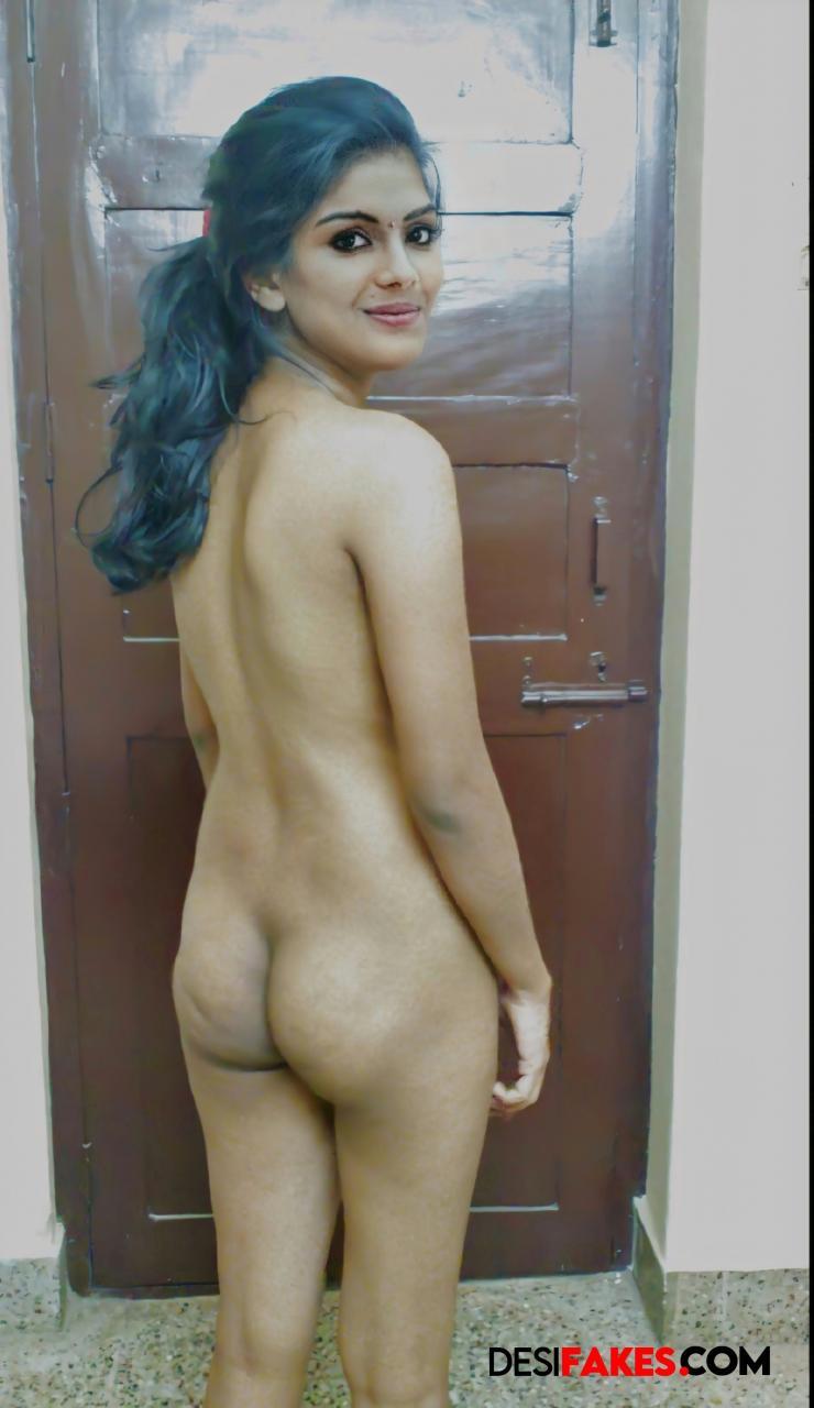 Samyuktha Menon Sexy Bikini Butts Show Photos
