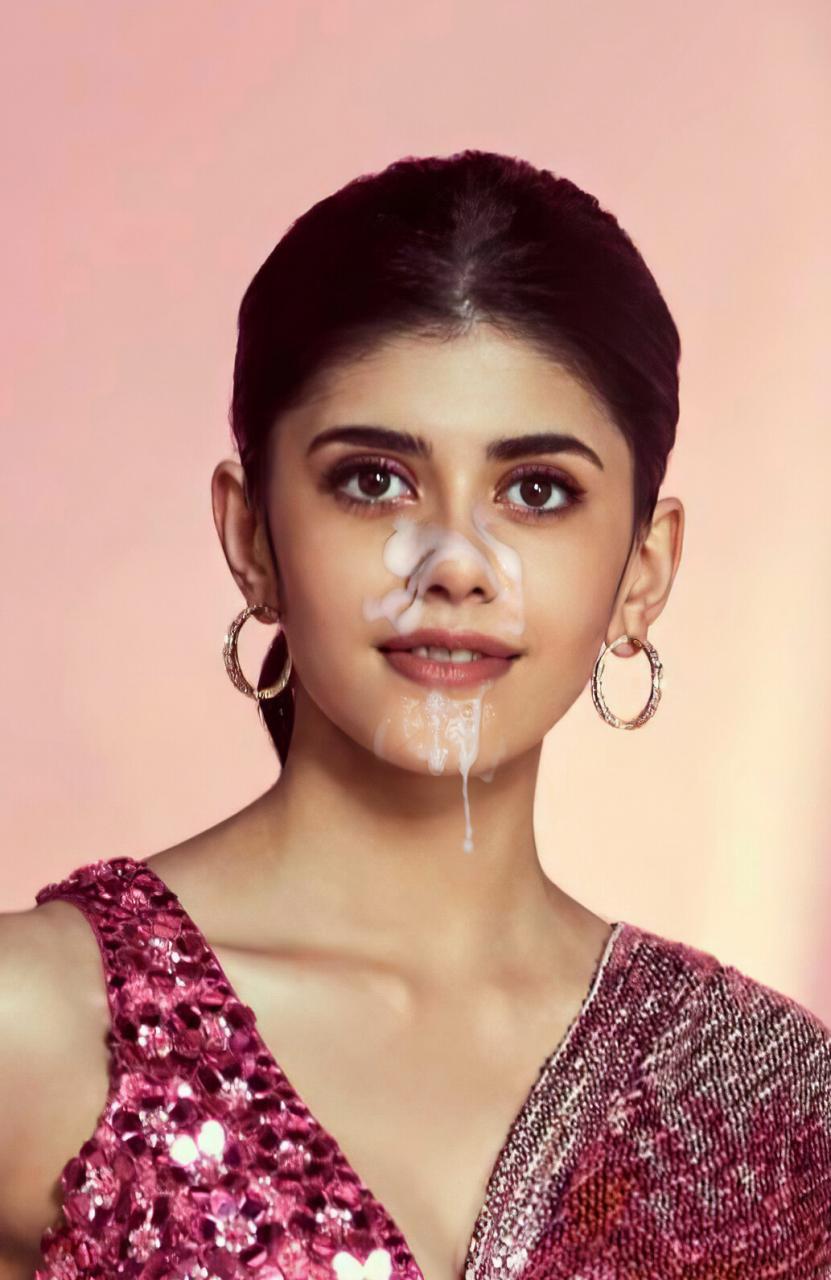 Sanjana Sanghi Pic Breast