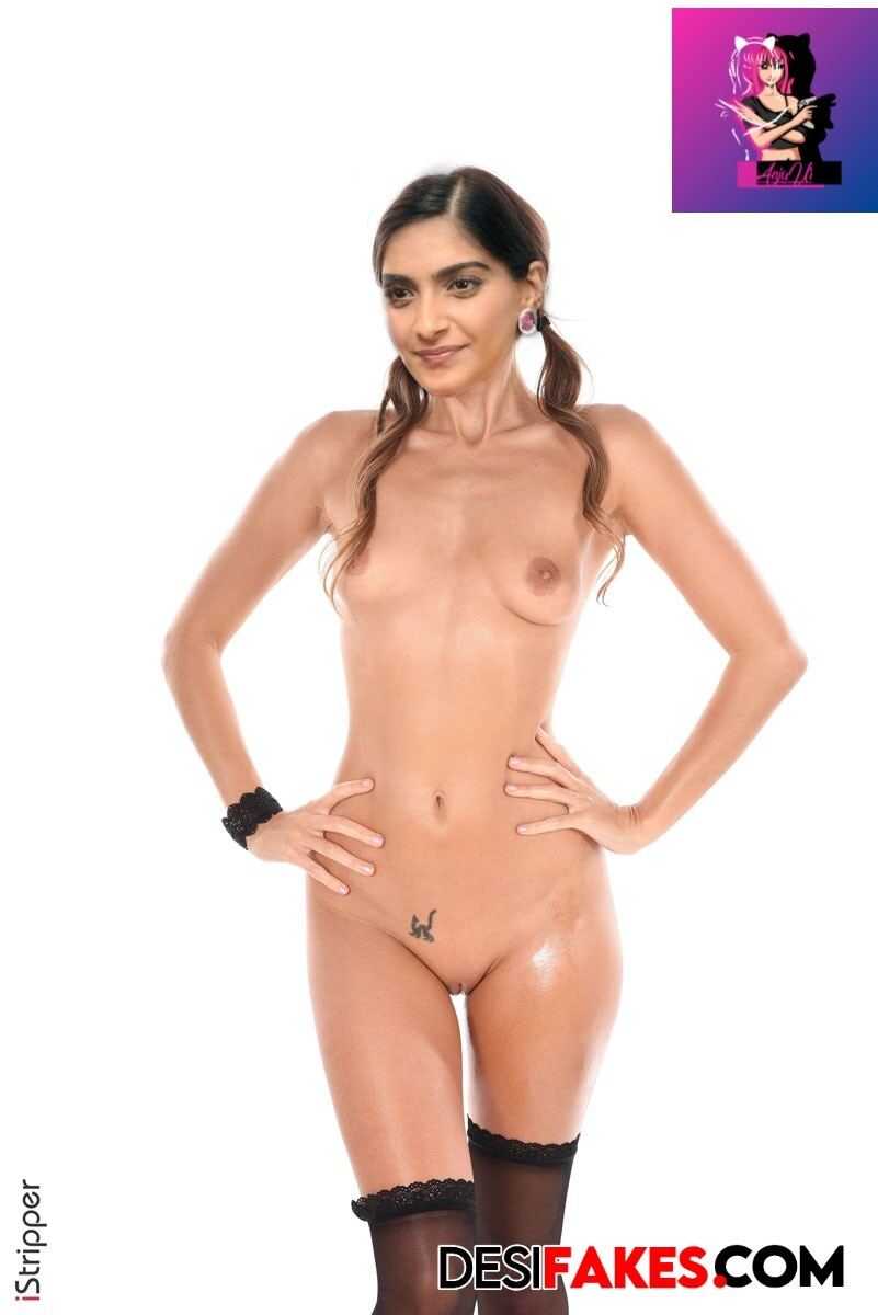 Sonam Kapoor Hot Boobs Show