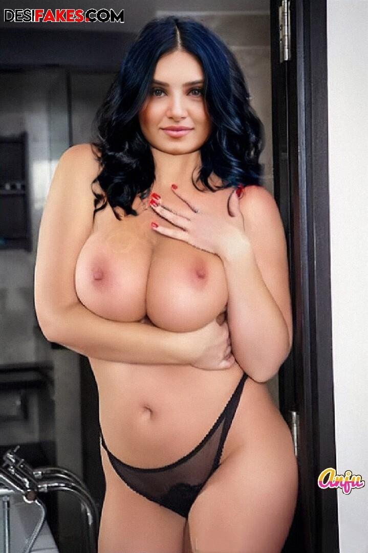 Tara Sutaria Actress Hot Ass Hd Photo