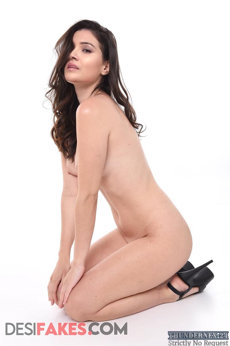 Vani bhojan Nude Pussy Images