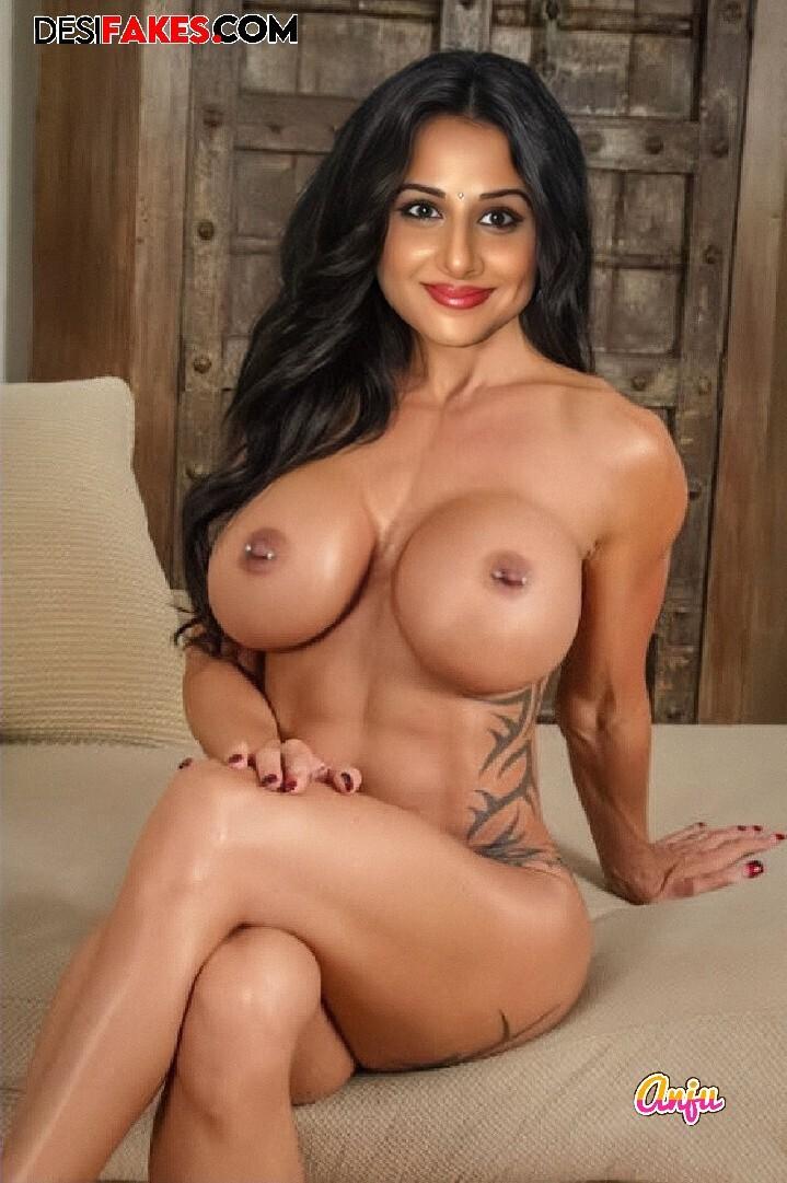 Vidya Balan Sexy Nude Saree